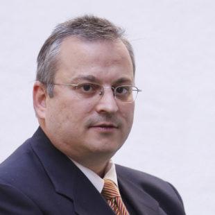Javier Pérez- Roldán y Suanzes- Carpegna